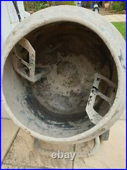 CONCRETE MIXER CT140F Used Professional or DIY Cement Mixer 240 volt not belle
