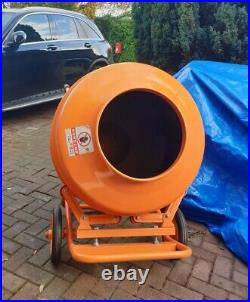 New Large Professional 260 Litres Concrete Cement Mixer With Stand & Wheels 240v